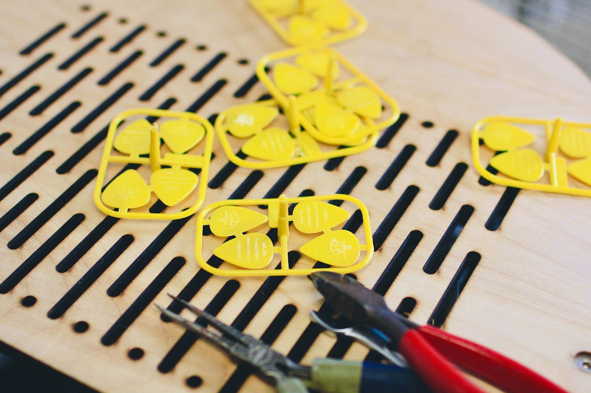 Custom Guitar Picks with Our APSX Injection Molding Machine